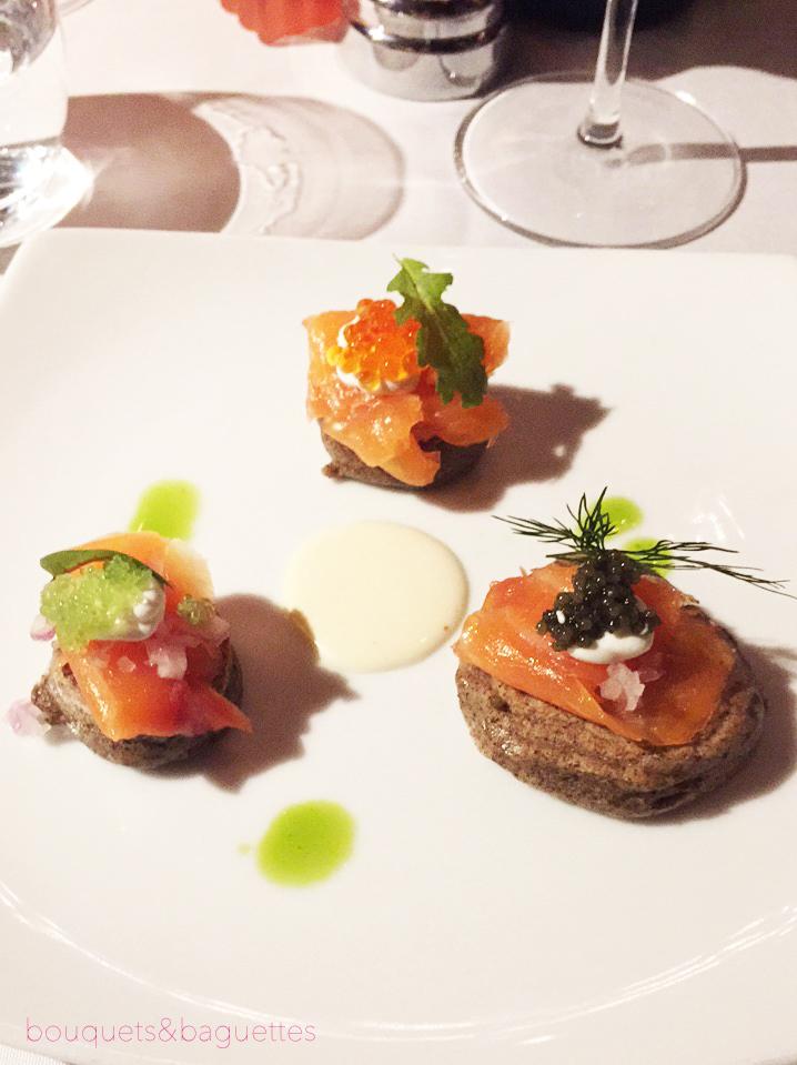 Caviar smoked salmon blinis: Mille Fleurs
